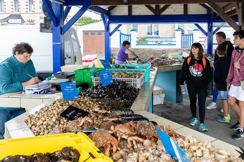 La halle aux poissons près du port de Grandcamp-Maisy @T. Houyel Isigny Omaha Tourisme