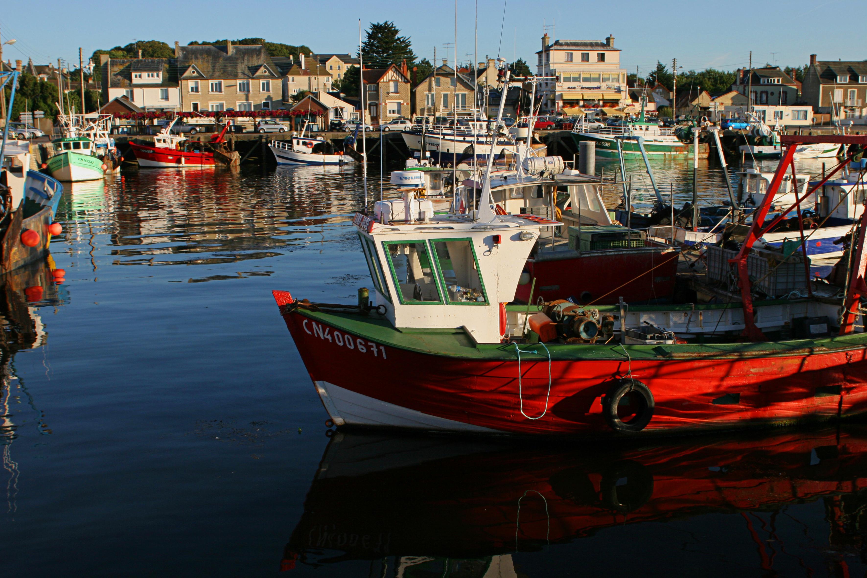 Bateaux de pêche à Grandcamp Maisy