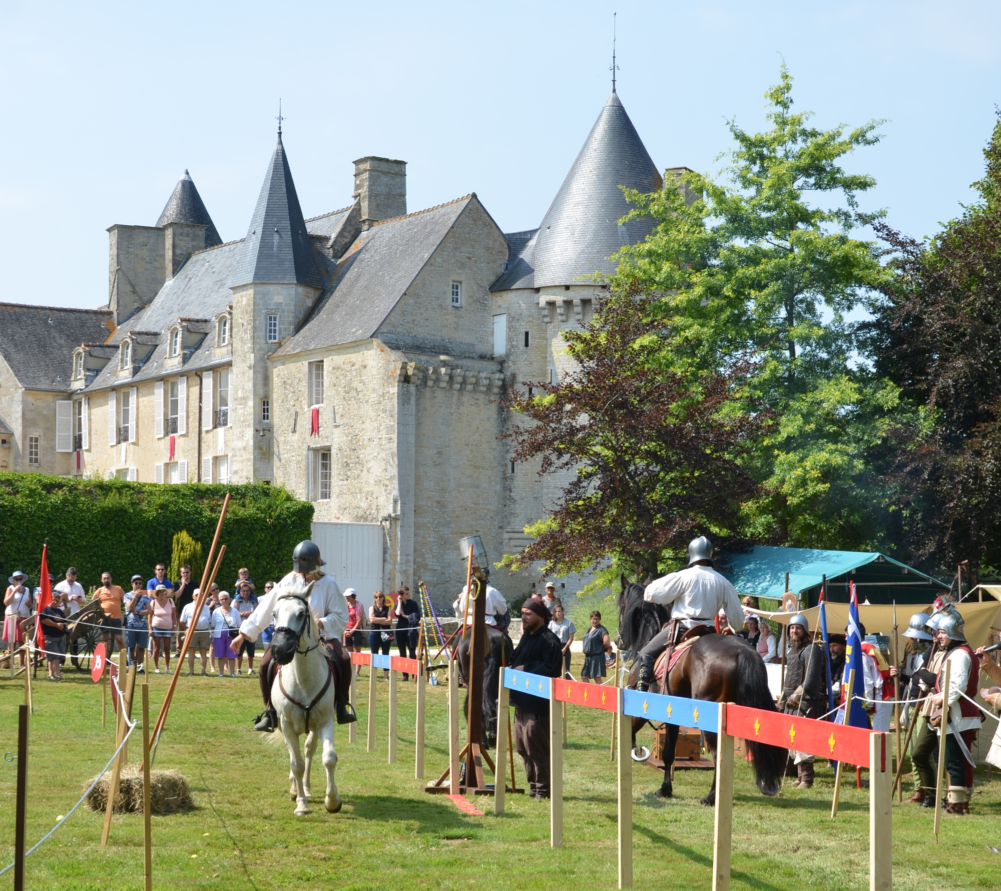 Les médiévales au chateau médiéval de colombieres