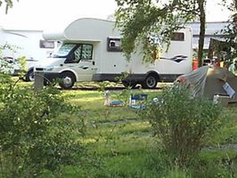 Aire-de-camping-car-Isigny-Omaha