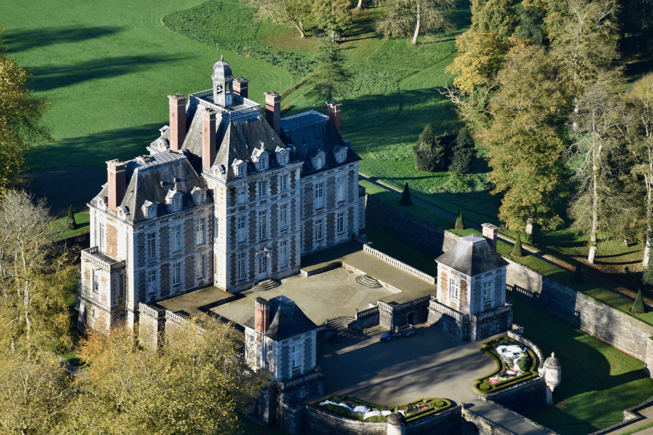 Chateau de Balleroy ©IsignyOmaha